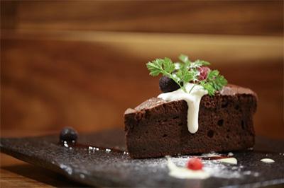 通販で人気のある生チョコケーキを紹介しますよ~!!